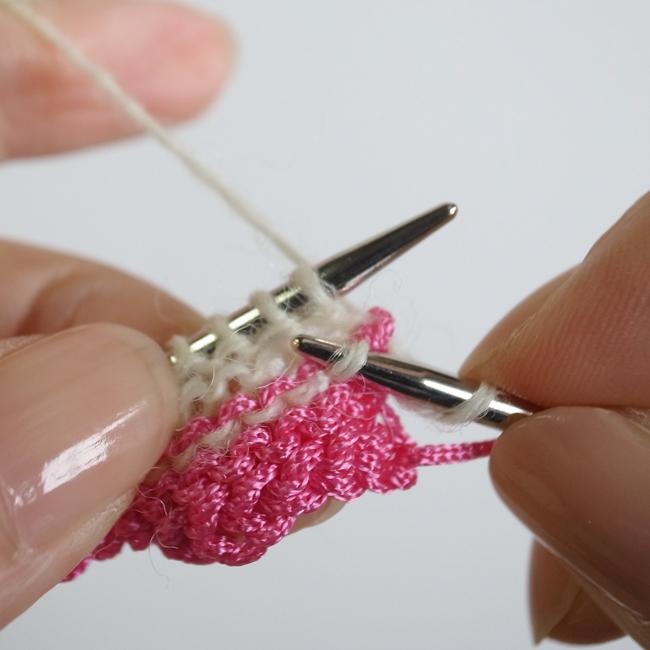 め 編み 一目 む 輪 ご あみど かぎ針:細編みで筒状に編む時、斜めになるのを簡単に解消する方法!クラッチバッグ・あみぐるみなどに!